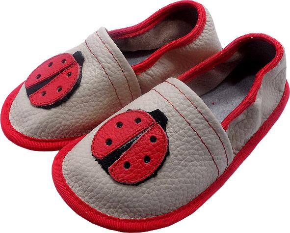0150 Kids slippers ladybug