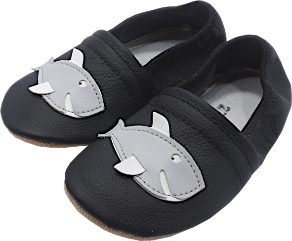 55124 Baby slippers shark